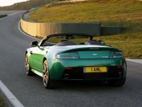 Aston-Martin-V8-Vantage-Roadster_3.jpg