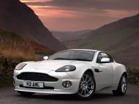 Aston-Martin-Vanquish_1.jpg