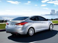 Hyundai-Elantra-IV_2.jpg