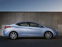 Hyundai-Elantra-IV_4.jpg