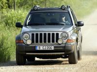 Jeep-Cherokee-2007_4.jpg