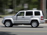 Jeep-Cherokee-2011_2.jpg