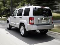 Jeep-Cherokee-2011_3.jpg