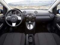 Mazda-2_5.jpg