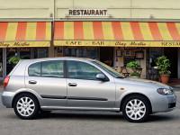 Nissan-Almera-II-Hatchback_2.jpg