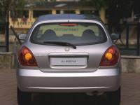 Nissan-Almera-II-Hatchback_3.jpg