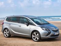 Opel-Zafira-C_4.jpg