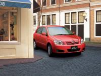 Toyota-Corolla-Runx_3.jpg