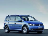 Volkswagen-CrossTouran_1.jpg