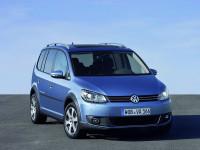 Volkswagen-CrossTouran_3.jpg